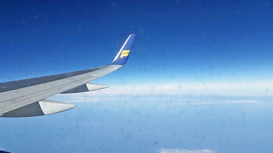 avion-icelandair