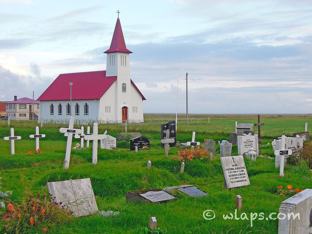 cimetiere-eglise-islande