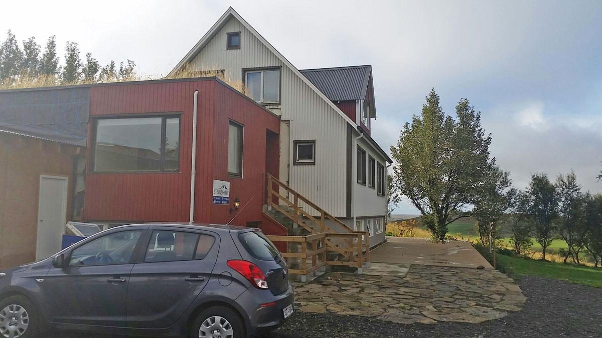 guesthouse-steinsholt-islande