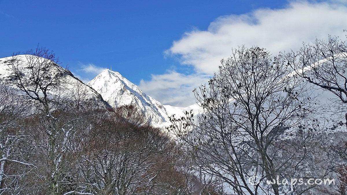vue-sur-pic-midi-bigorre-pyrenees