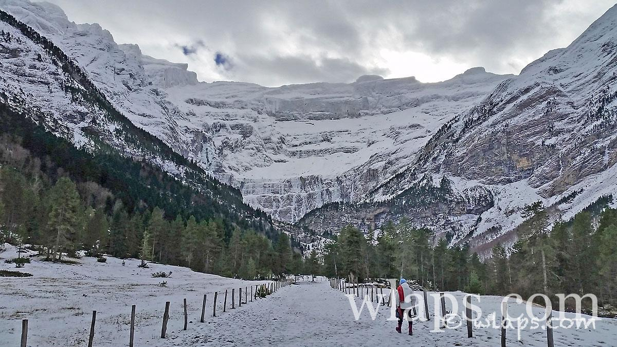 8-cirque-gavarnie-pyrenees-neige
