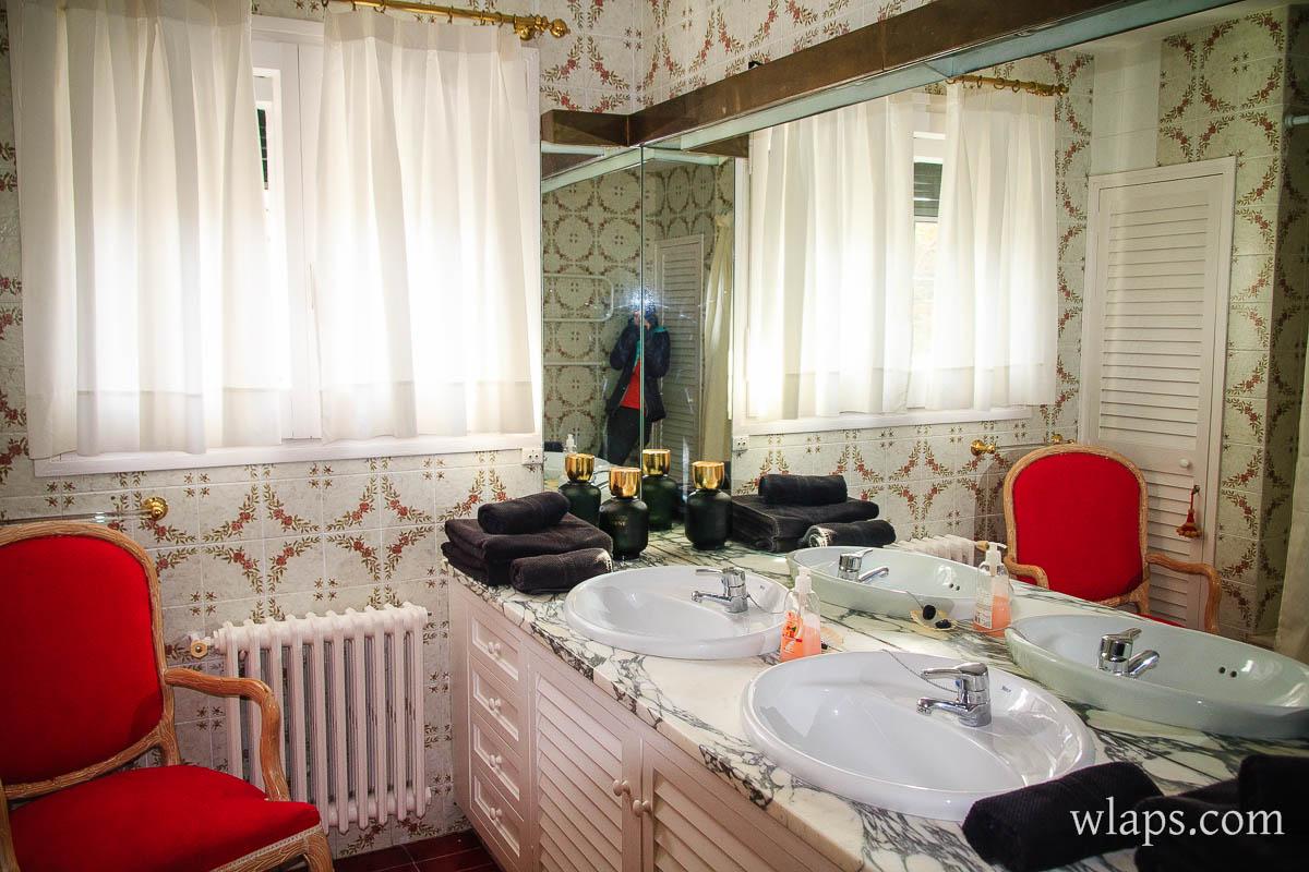 salle-bain-hotel-rec-palau-cadaques-espagne-0