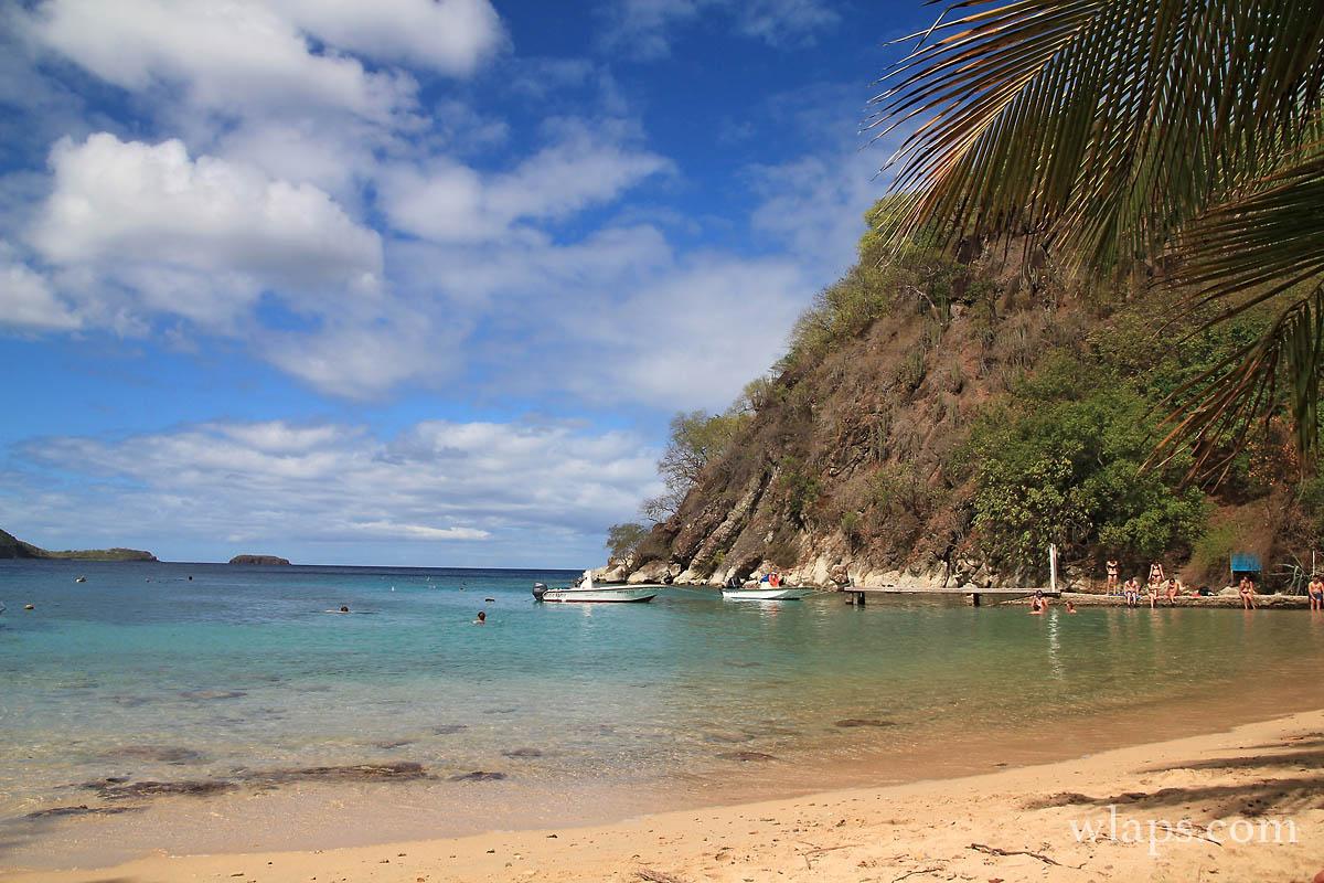 2-mer-plage-du-pain-de-sucre-terre-de-haut-les-saintes-guadeloupe