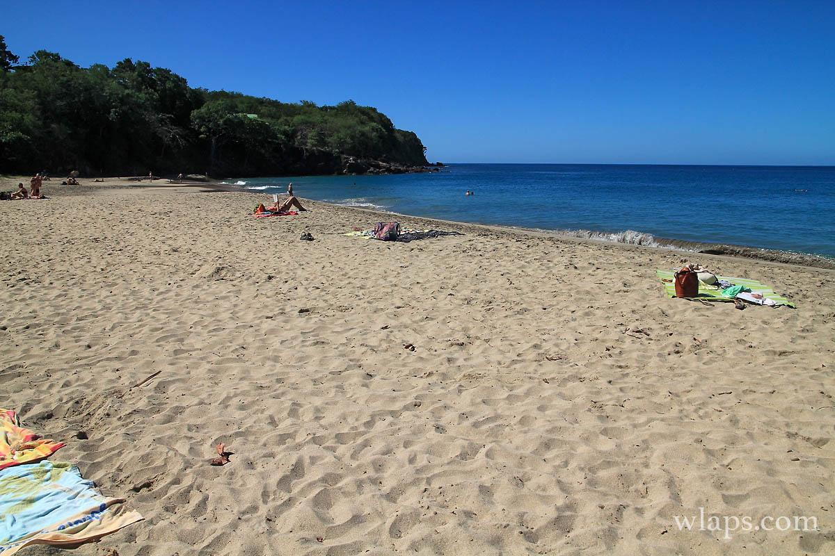 3-belle-plage-de-leroux-deshaies-basse-terre-guadeloupe