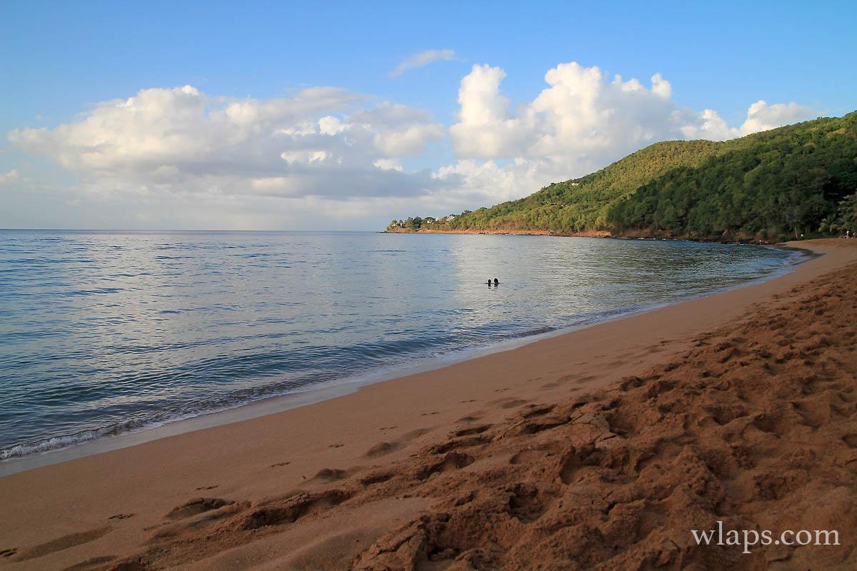 coucher-soleil-plage-grande-anse-deshaies-guadeloupe