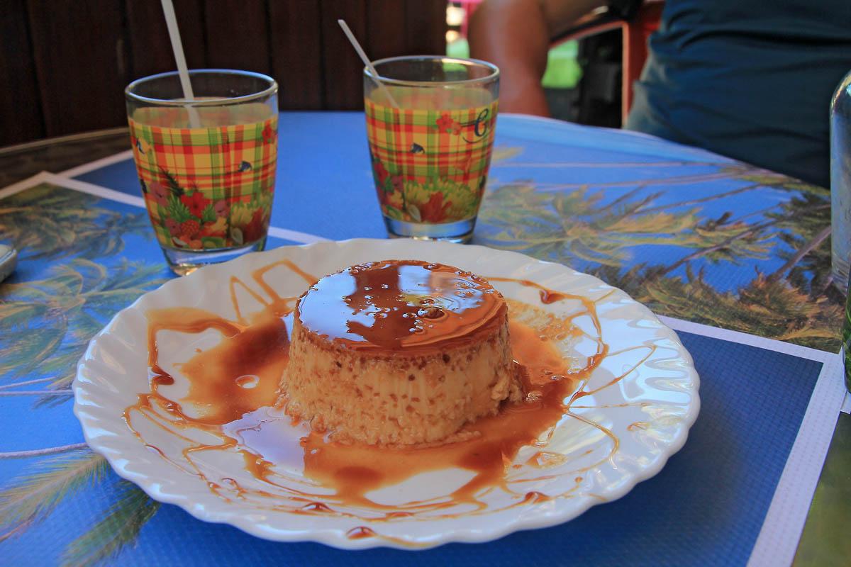 restaurant-creole-chez-estelle-plage-perle-deshaies-0
