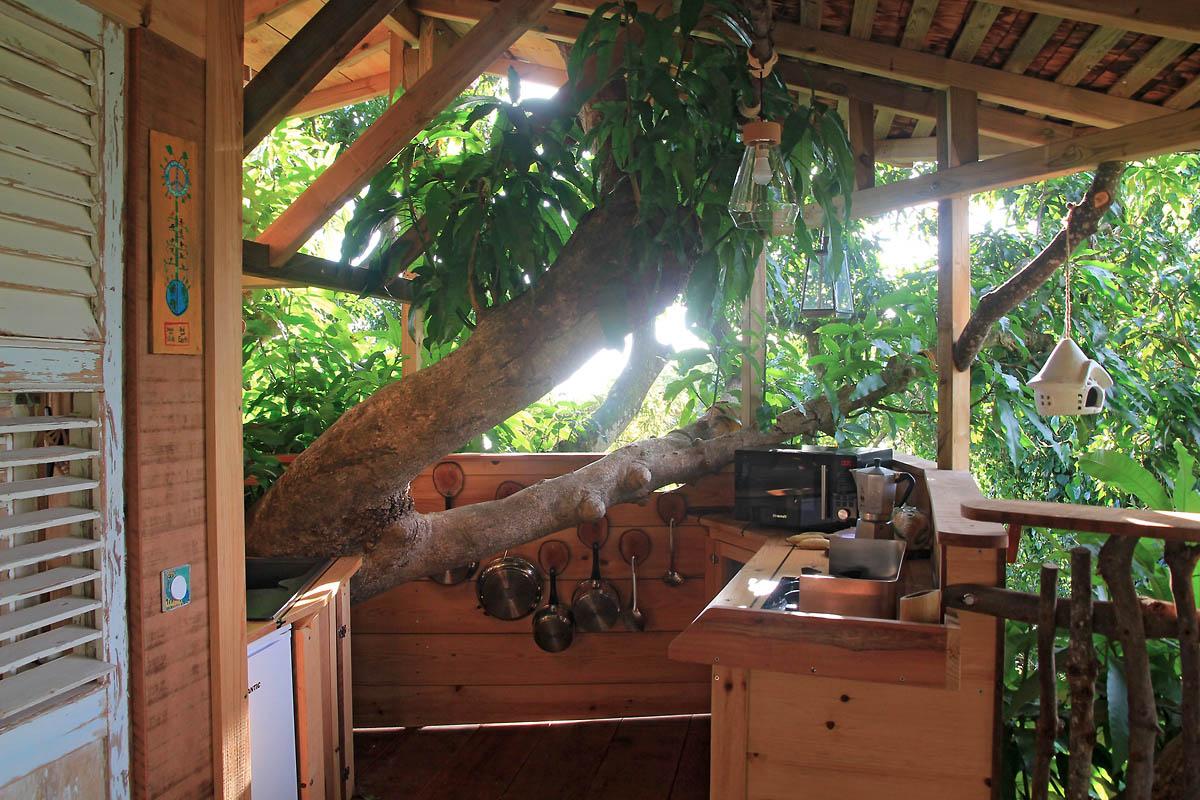 cabane-arbre-bananes-vertes-saint-claude6