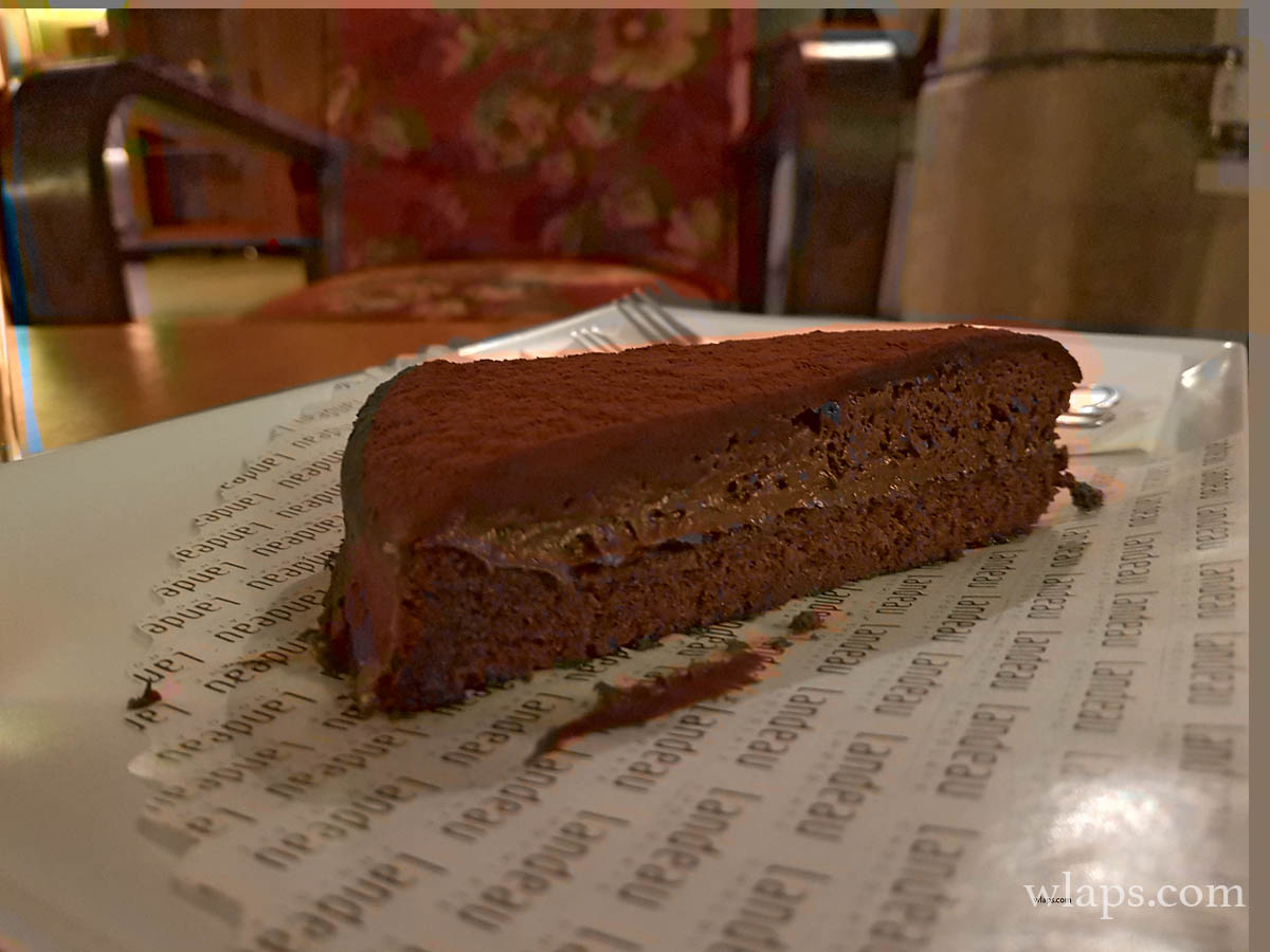 le fameux gateau de chez landeau chocolate