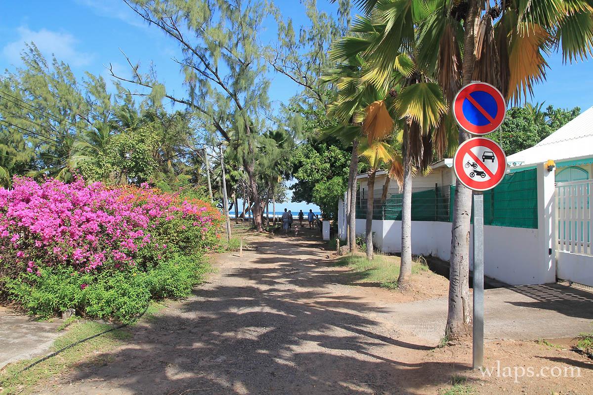 chemin-plage-anse-etang