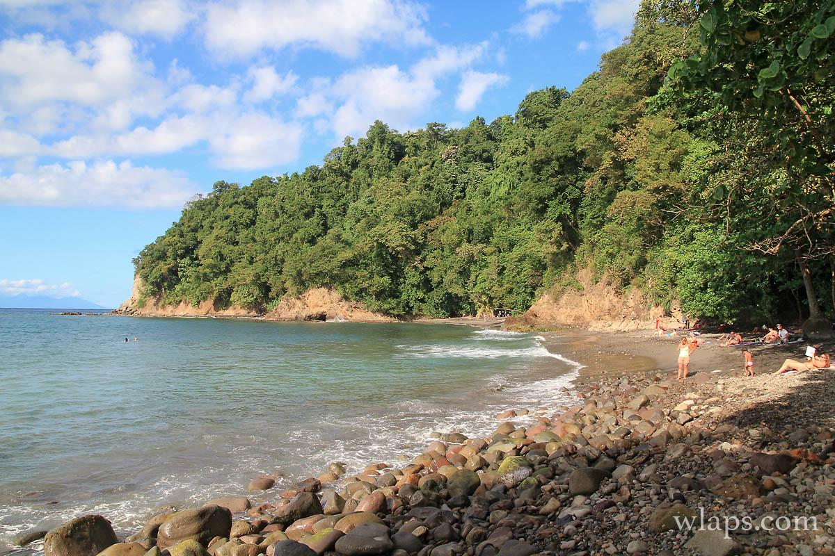 Baignade dangereuse à la plage de l'Anse Couleuvre
