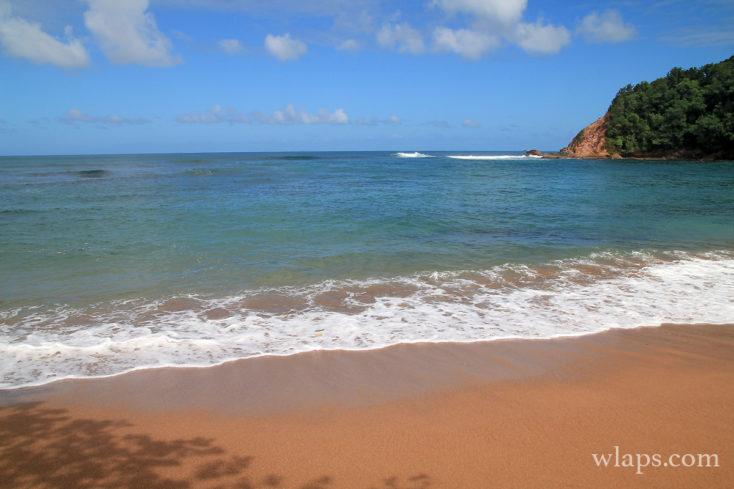 La plage pointe rouge en Martinique