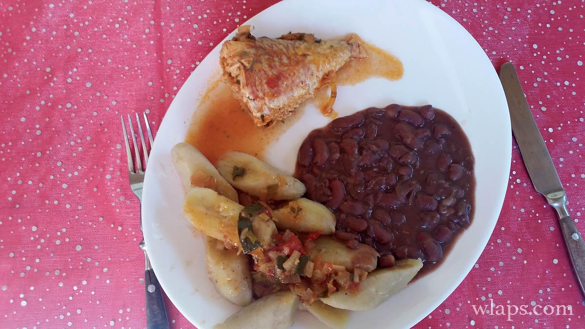 plat-creole-perroquet-banane-verte