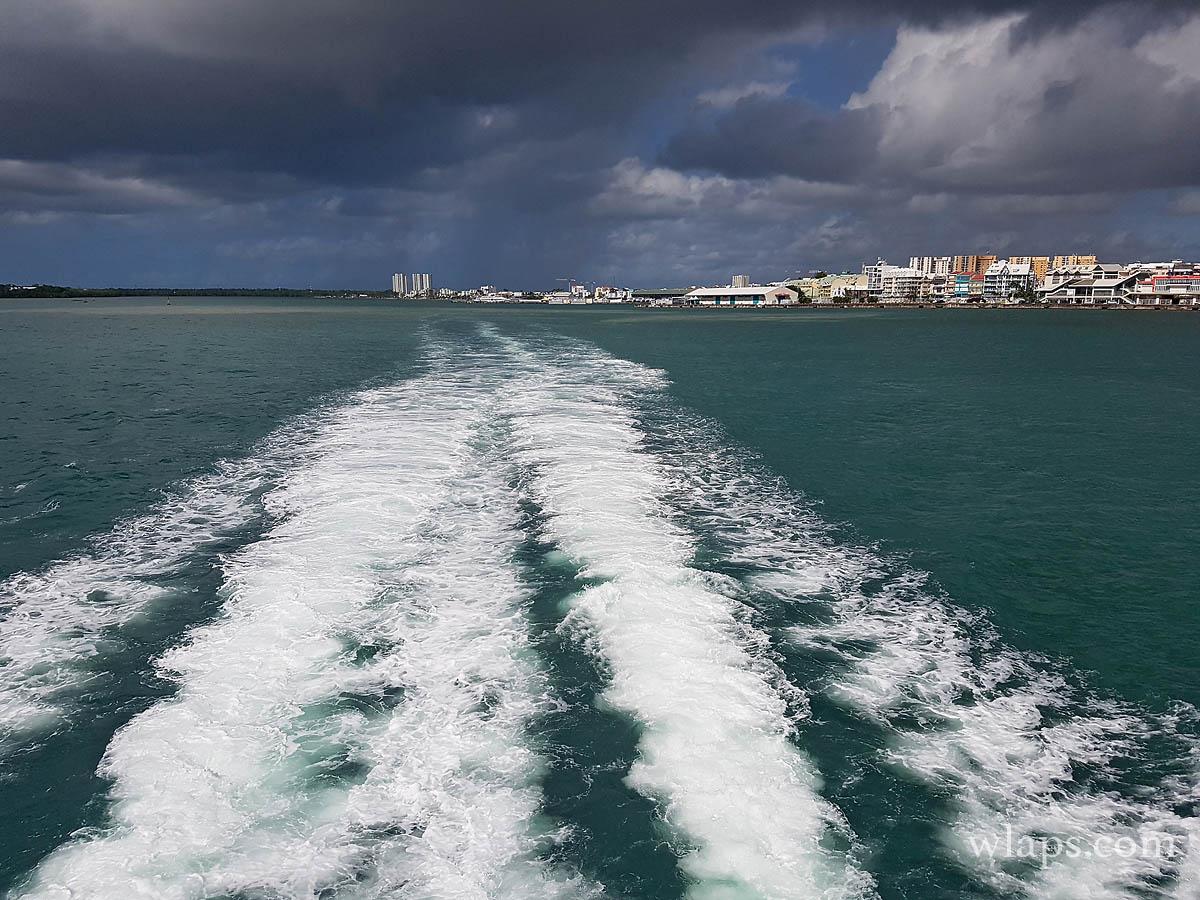 bateau-express-des-iles-guadeloupe