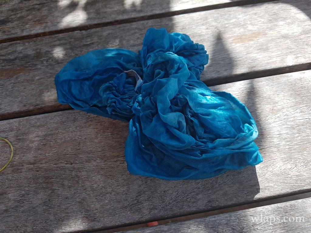 Atelier création de foulard à la maison de l'indigo de marie-galante