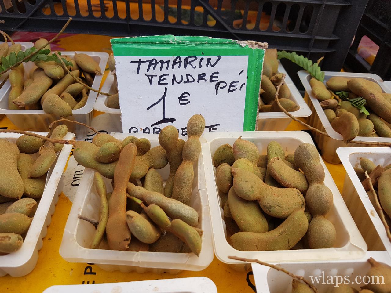 Tamarin tendre sur les étals du marché de La Réunion