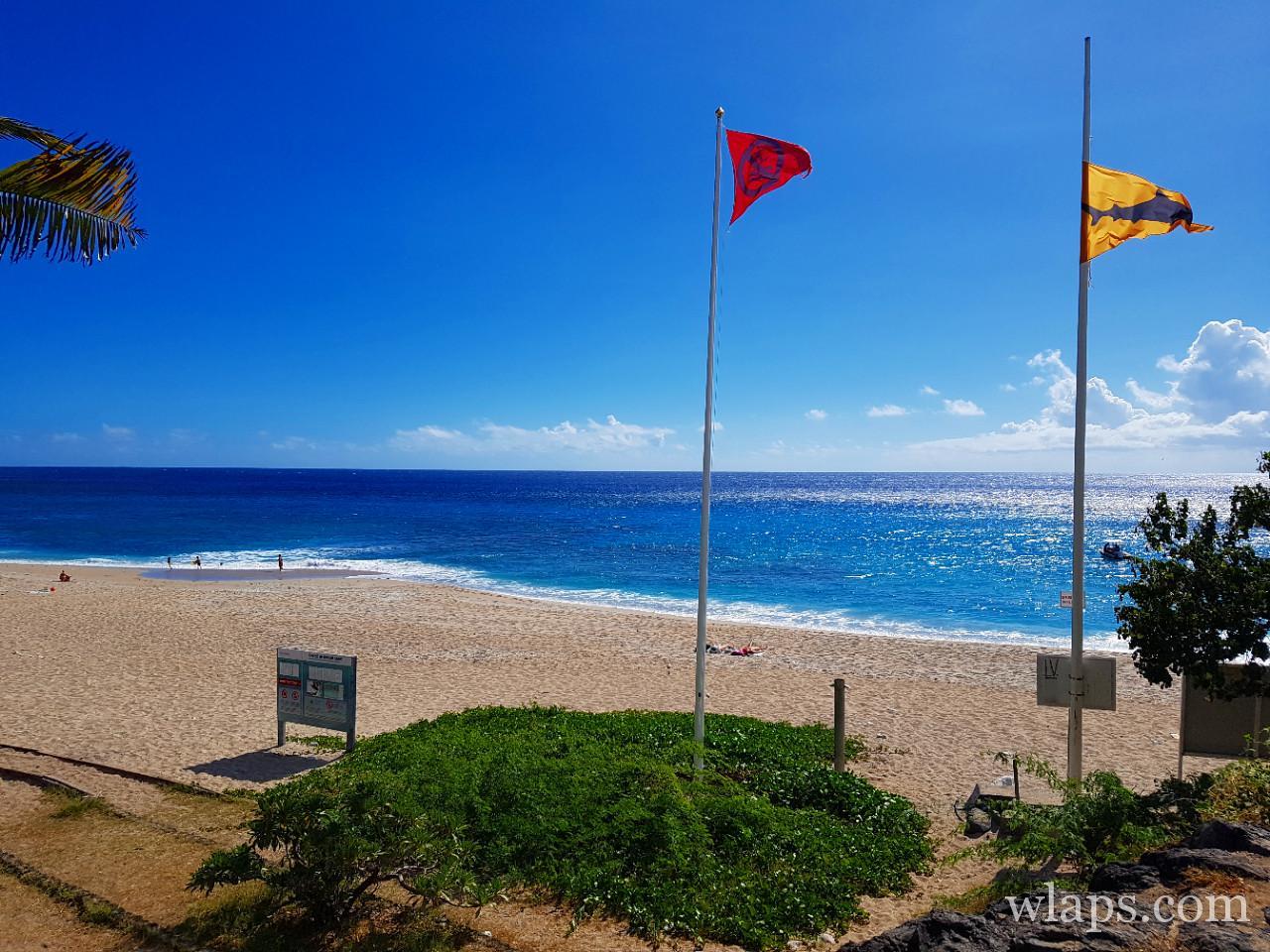 Baignade à la plage de Boucan Canot à l'ile de La Réunion