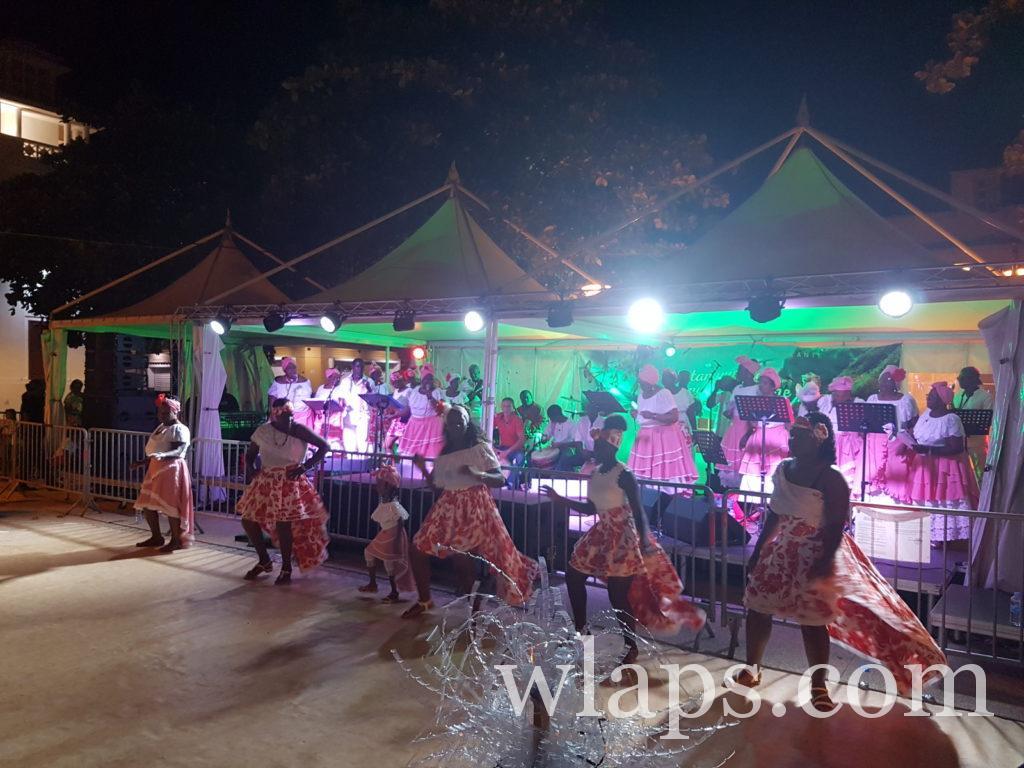 Chanteurs et danseurs créoles à Marie Galante, à voir absolument à Noel