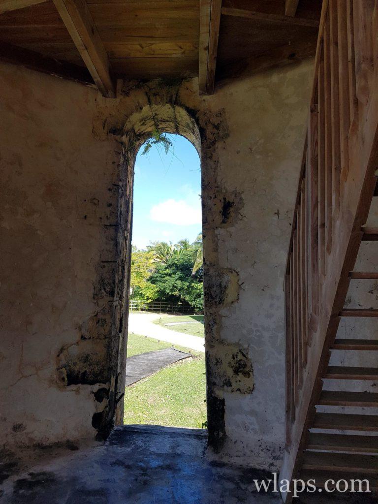 Dans le moulin restauré de l'habitation Bellevue