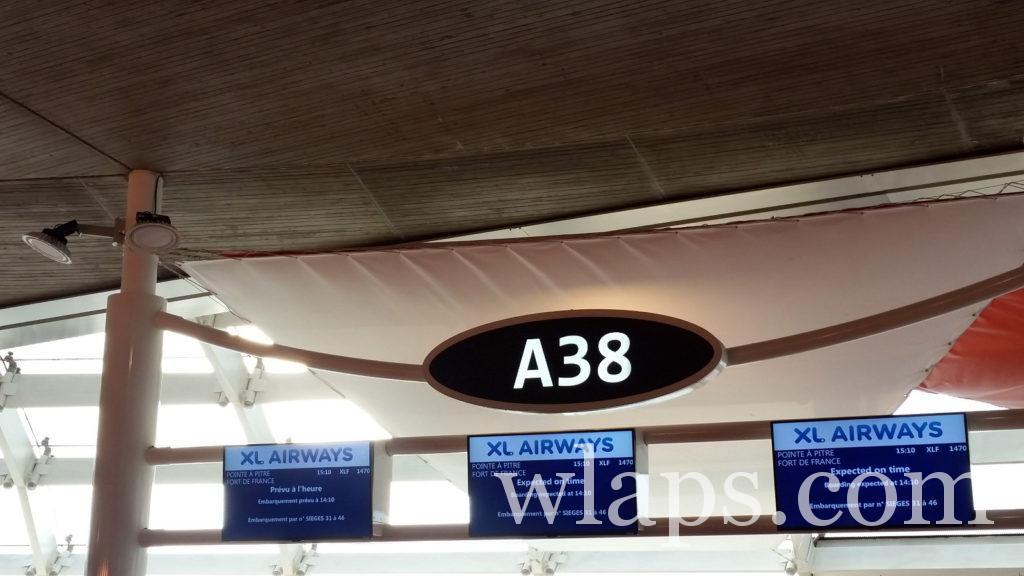 panneau indicatif avion vol départ de France