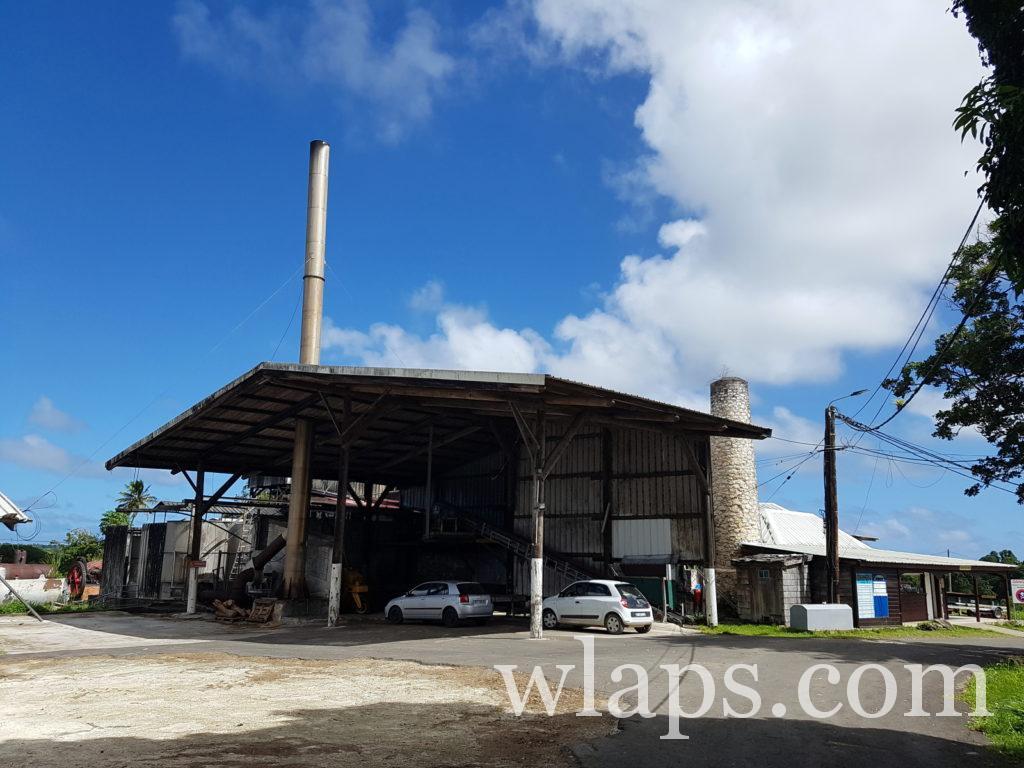L'entrée de la distillerie Bielle à Marie Galante