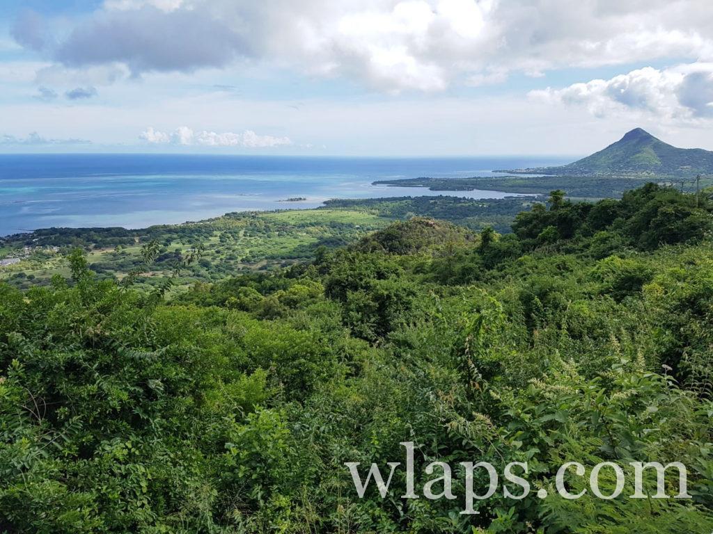 vue sur le sud de l'ile Maurice près de notre villa louée sur airbnb