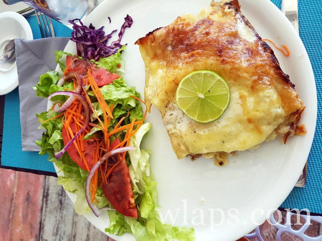 Plat au restaurant le sun 7 beach à Marie Galante