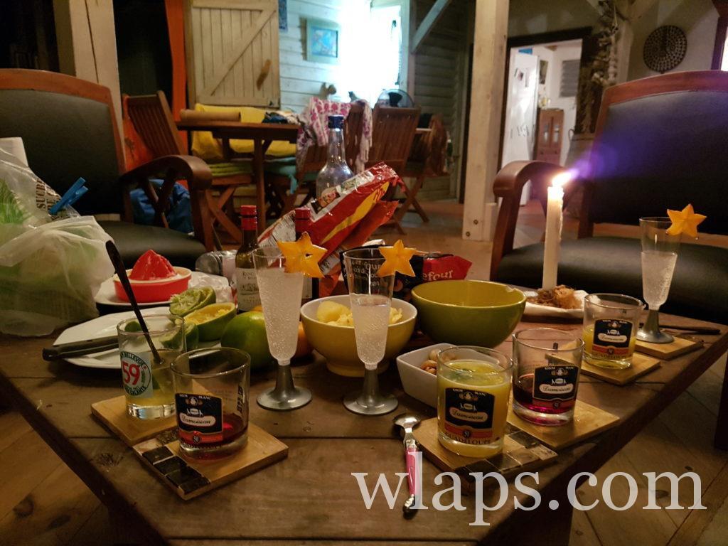Notre apéritif le soir de Noël en Guadeloupe avec du rhum Damoiseau le meilleur de Guadeloupe