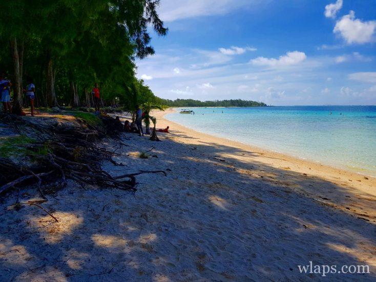 La plage de Belle Mare à l'est de l'île Maurice