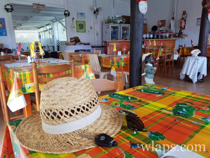 la salle au restaurant Le reflet de l'île à Capesterre de Marie-Galante