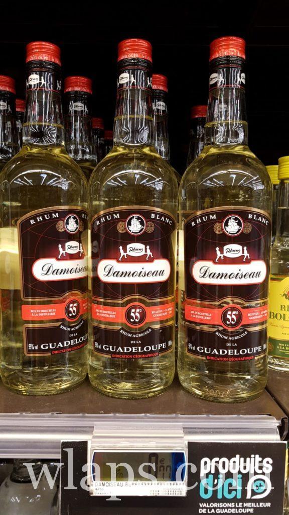 bouteilles de rhum damoiseau en vente au supermarché en guadeloupe