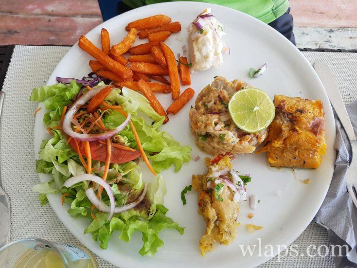 tartare de poisson au Sun 7 Beach à Marie-Galante