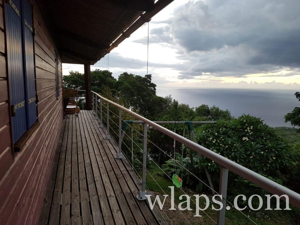 Tout le long de notre maison de location, on a une vue sur l'Océan Indien