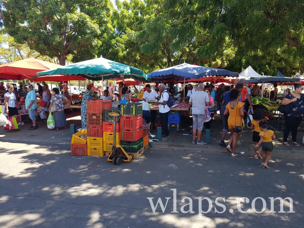 Ce matin, c'est activité découverte du marché du Port à La Réunion