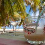 les-pieds-danl-sable-restaurant-la-desirade-guadeloupe