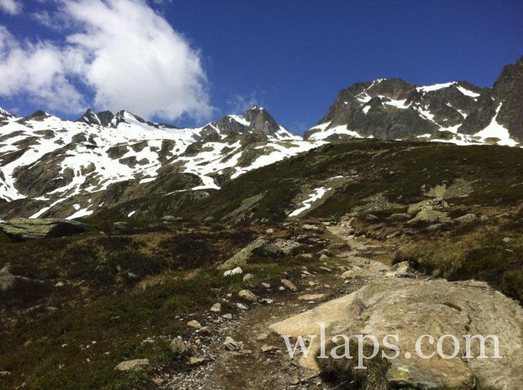 chemin qui mène au Lac Blanc