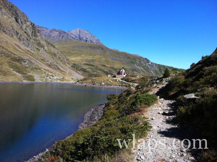 refuge et Lac d'Ilhéou