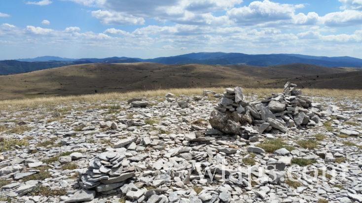 Randonnée au Mont Gargo le point culminant du Caussé Méjean