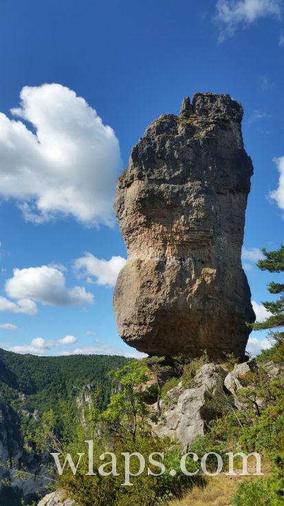 """""""vase"""" qui domine les gorges du Tarn"""