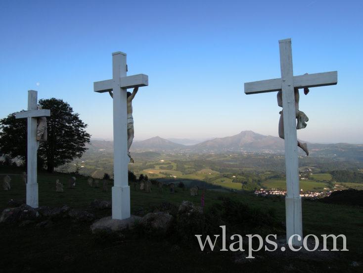 croix à la chapelle de l'aubépine