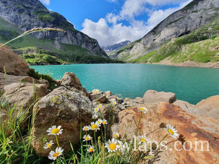 le lac des Gloriettes pour randonner avec son enfant