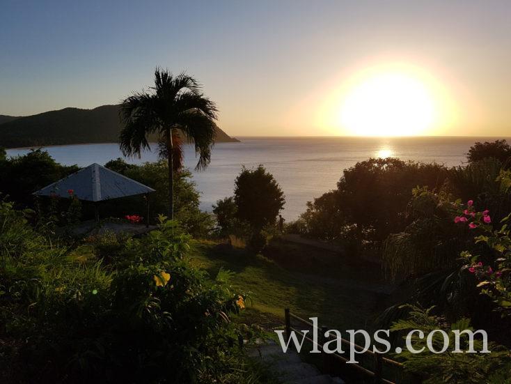 coucher de soleil en Guadeloupe au point de vue du Gadet