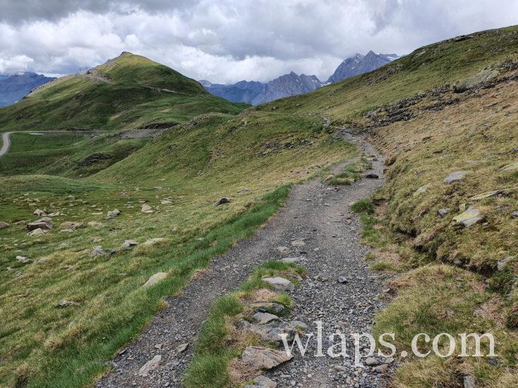 chemin de randonnée qui nous ramène au parking du Col de Tentes