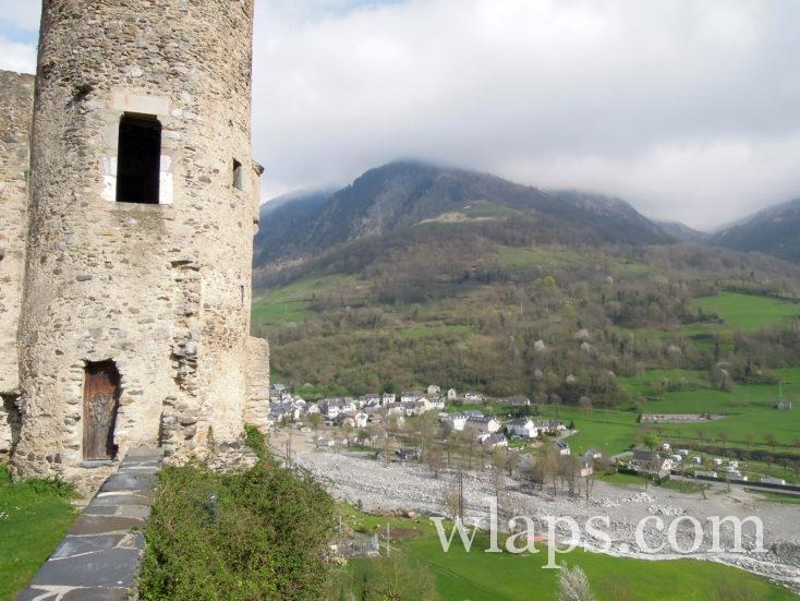 vue depuis le Château de Luz-Saint-Sauveur