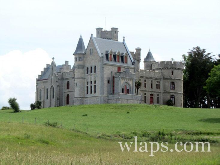chateau du Domaine d'Abbadia