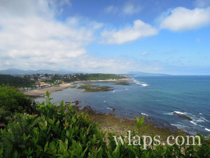 océan vue depuis le Sentier du littoral basque