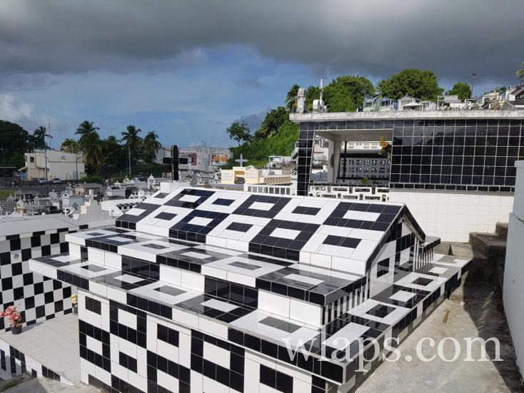 le cimetière de Morne à l'Eau en Guadeloupe en janvier