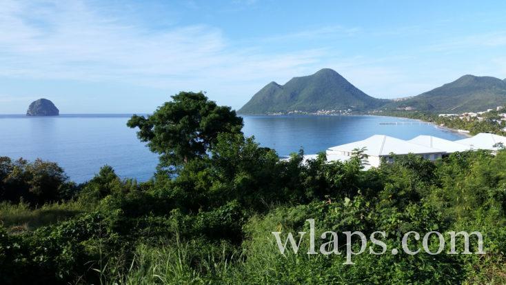 point de vue sur le Diamant et la femme couchée en Martinique